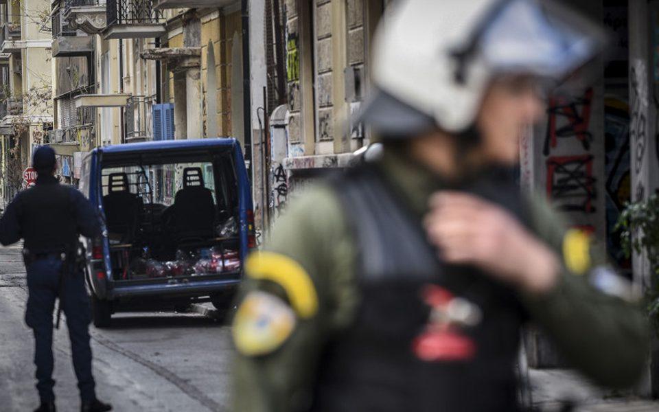 Καταγγελία για την προκλητική στοχοποίηση και προσαγωγή μέλους της νΚΑ από αστυνομικές δυνάμεις