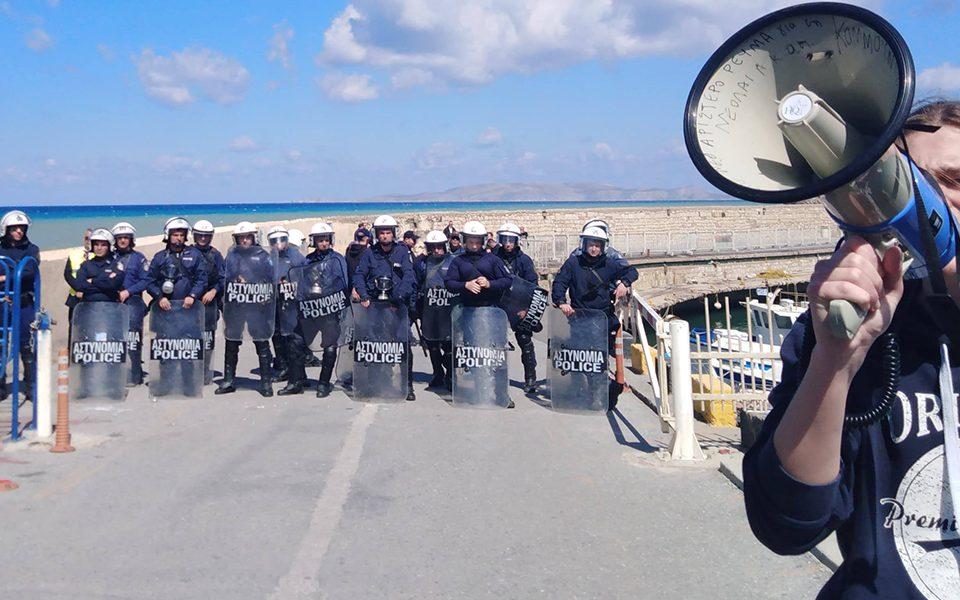 ΣΥΡΙΖΑ-ΝΔ μαζί στα «ευρωμνημόνια» στην εκπαίδευση, μαζί και στην καταστολή των φοιτητών στη σύνοδο πρυτάνεων στην Κρήτη!