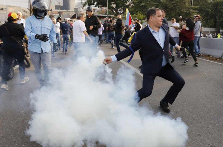 Κάτω το αμερικανοκίνητο πραξικόπημα στη Βενεζουέλα