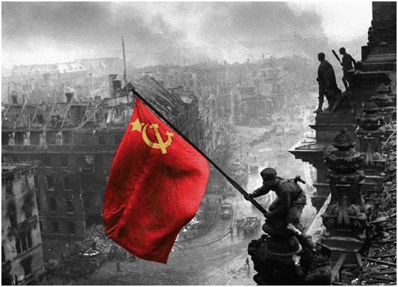 Μαθήματα αντικομμουνιστικής ιστορίας από τη ΔΑΠ-ΝΔΦΚ.