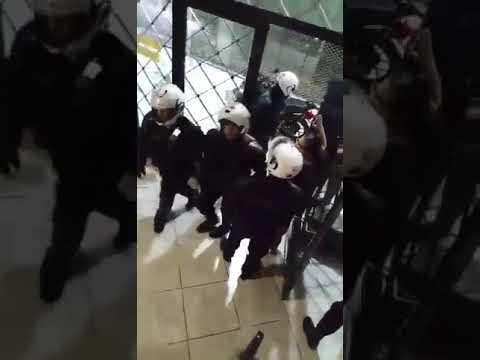 ΝΑΡ-νΚΑ: Καταδικάζουμε την επίθεση της αστυνομίας στα γραφεία της Λαϊκής Ενότητας